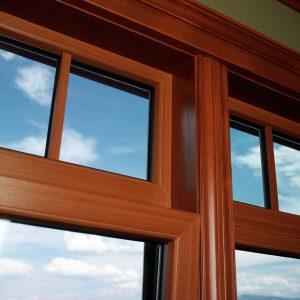 Выбор материала для деревянных окон