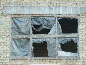 Пластиковые окна. Почему появляются сквозняки?