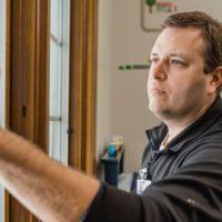 Как подготовить окна к зиме за 4 простых шага