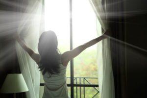 Какой свет излучает солнце. Окна против электромагнитного излучения