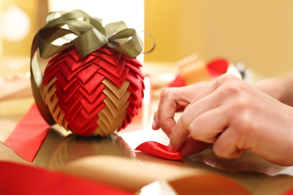 5 недорогих способов добавить праздничного настроения в вашу квартиру