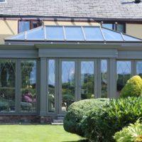 Насколько важны зимний сад или оранжерея для дома?