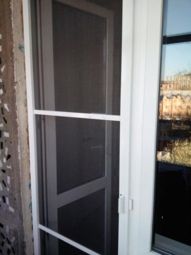 Москитная дверь от завода Горница